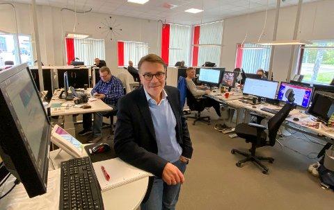 VARSLER SIN AVGANG: Geir Arne Glad fratrer som sjefredaktør og administrerende direktør i Helgelendingen i løpet av 2022.