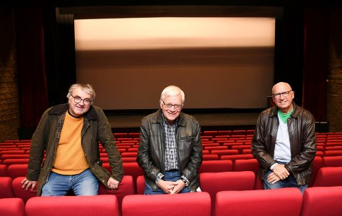 Ildsjeler: Kinoentusiastene Tore Hermansson (t.v.), Arve Nordengen og Jørgen Gudbrandsen sørger for at modølene kan gå på kino.