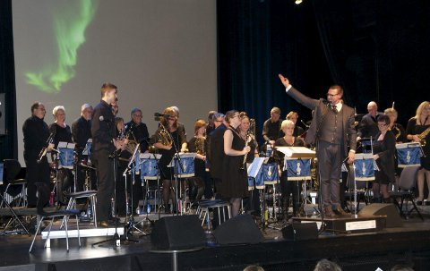 Vestre Aker Musikkorps og Hønefoss Ungdomskorps (bildet) spiller sammen søndag. Bildet er fra Hønefoss Ungdomskorps' nyttårskonsert 2015.