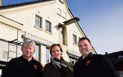 FRA BAKERI TIL BYMISJON: Jon Gulbrandsen, Christine Myhre Bråthen og Jon Ivar Windstad vil samarbeide om bymisjonshus i den tidligere Baker Narum-bygningen. Leserne våre jubler.