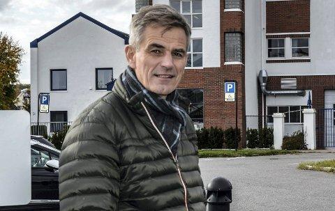 GÅR MOT LETTELSER: Ordfører Bjørn Ole Gleditsch forteller at det var bred enighet om å lempe på tiltakene blant Vestfold-kommunene.