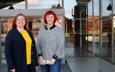 GLEDER SEG: Elisabeth Dahl og Gry Østrått Sædberg gleder seg til å feire kuturhusets 20 årsjubileum med et spennende vårprogram.