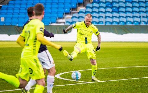 MÅLJEGER: Ronnie Schwartz har scoret flere mål i treningskampene for Sarpsborg 08 i vinter. Her fra treningskampen mot Strømsgodset.