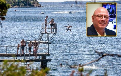 Sarpsborg tiltrakk seg mange turister med bosted utenfor Østfold. I sommer la disse igjen mer penger enn noen sinne, og banksjef Even Jørgensen (innfelt) håper opplevelsen ga mersmak.