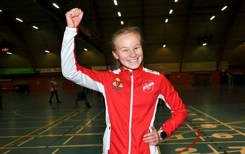 KLAR SEIER: Mari Andreassen Rud ble juniornorgesmester i friidrett på 3.000 meter hinder. Hun vant med nesten ti sekunder.