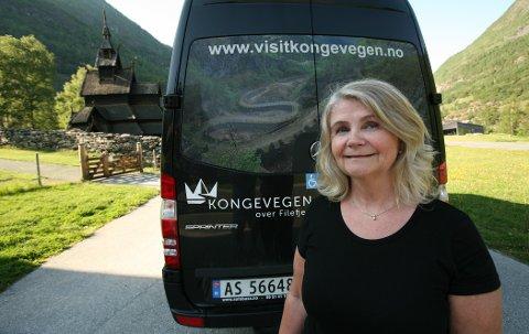 ERFAREN: Marianne Solheim i Solheim taxi er i gang med sin fjerde  sesong som sjåfør av Kongevegbussen.