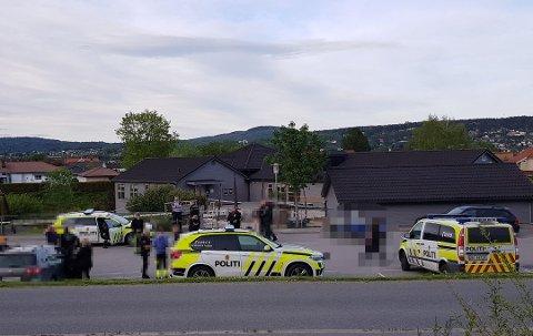 LØSNET SKUDD: Politiet rykket ut med store styrker til Klyve 29. mai i fjor, etter at det kom inn melding om ranere som hadde løsnet skudd med en pistol.