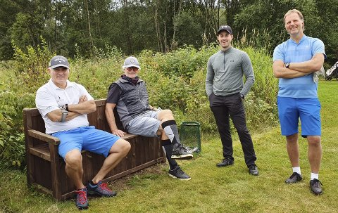 Golfere: Ronny Edvardsen (fra venstre), Helge Wiig, Stian Kooyman og Allan Troelsen gikk sammen i siste runde.