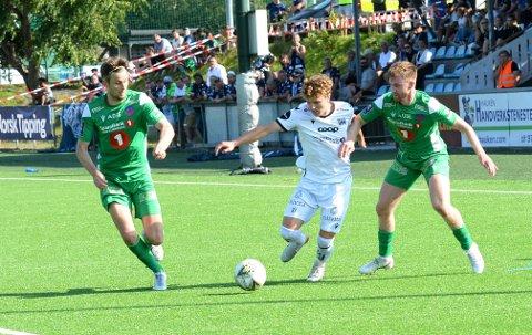 Oskar Siira Sivertsen spiller fra start for første gang i en obligatorisk kamp for KBK.