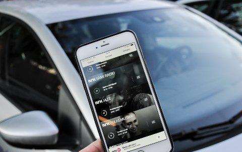 dab+ Strømming via smarttelefon kan erstatte dab+ i bil. Og antallet stasjoner tilgjengelig er nesten uendelig.