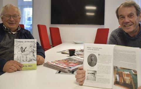 Stolte: Leder av Historielaget for Dypvåg, Holt og Tvedestrand, Rolf Siljedal (t.v.) og medforfatter Harald Langemyr, håper mange vil kjøpe bok i julegaver.