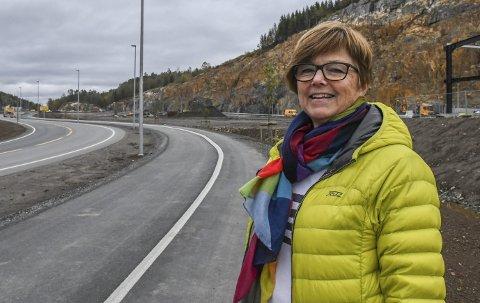 A67 Tvedestrand næringspark: Næringssjef Anne Torunn Hvideberg skal ha flere møter med bedrifter som er interessert i å etablere seg på Grenstøl. Hun tror på flere salg før jul. Arkivfoto