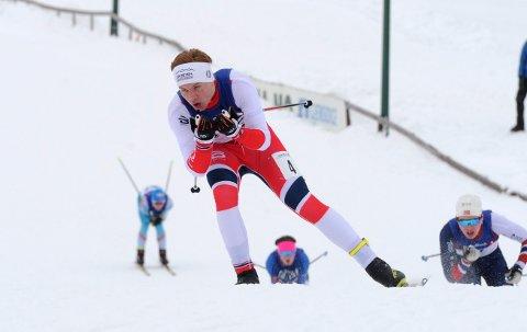 På pallen: Vegard Thon og tre andre opplendinger kapret bronsemedaljen under junior-NM i stafetter i Folldal søndag.