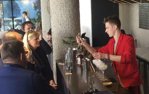 Bartender Daniel Grovik mikset fire drinker, tre til dommerne og én som smaksprøve til publikum. Bruk av lokale råvarer slo an hos dommerne, og risørmannen ble nummer tre blant norgeseliten. Dommerpanelen besto av Anita Sørensen fra Hotel Continental, Trond Moi Fra Bølgen & Moi og Rune Aasen fra Pritzelius.