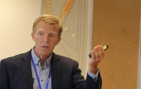 NOK UNDERVISNING: Rektor Tor-Inge Rake på Flekkefjord videregående skole mener elevene har fått den undervisningen de har krav på.