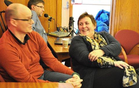 Kirkeverge Niels Westphal og leder for menighetsrådet Bente Floer kan holde Honningsvåg kirke åpen.