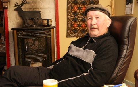 Oddvar Karlsen ser på heimen sin som ein fristad, seier han, når han elles er sosial og stort sett med der det skjer.