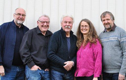 KONSERT I SØNDRE PARK: Jo Kleiven, Geir Wøldike, Rolf Erik Syversen, Tone Løvik og Sigurd Tingstad spiller lørdag.