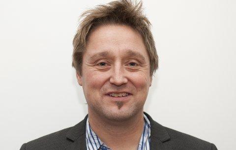 Lars Pedersen Due er politiker i Ap og lærer på Os skole.