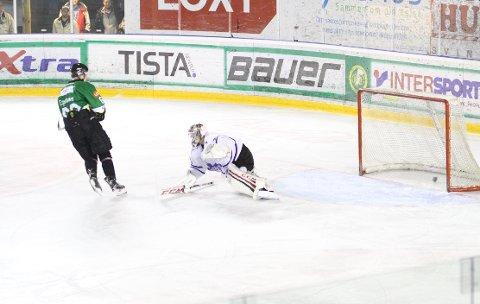 Einar Egeland gir Comet 2-0.