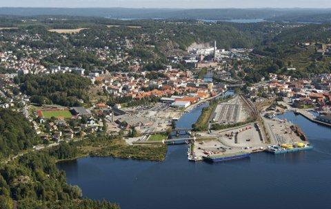 SENTRUM: Casper Støten er opptatt av sentrumsutviklingen i Halden. Flyfoto/Arkivfoto: Stein Johnsen