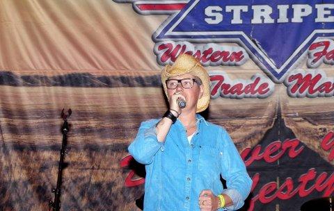 SLÅR ANN: Nina Flaaseth er i ferd med å bli stor countryartist i USA.