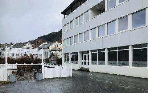 Stengt: Ekspedisjonen Skjenkestove må halde dørene stengt på ubestemt tid.foto: Eli Lund