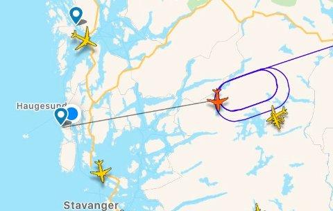 Norwegians rute DY182 fra Oslo sirkler rundt i distriktet. Skjermdump: Flightradar24
