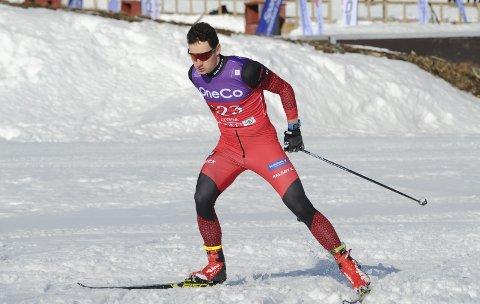Jesper Abelsen Andreasen deltok på 10 km og 50 km i NM del 2. Femmila ble en manndomsprøve med tungt føre og løse spor. Bildet er fra tikilometeren.