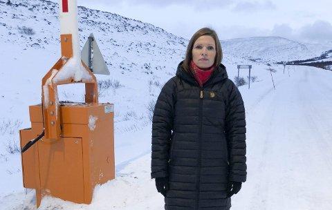 STORE PROBLEMER: Ordfører Stine Akselsen i Lebesby mener brøytefartsgrensa på 40 km i timen vil føre til store problemer for både innbyggere og næringsliv i Finnmark.