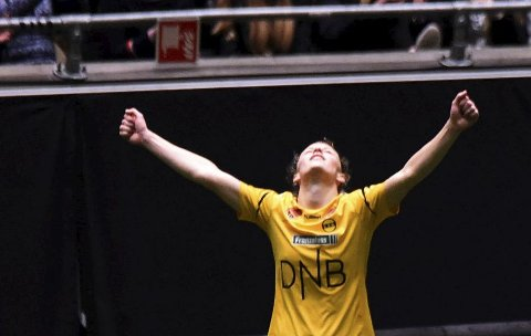 DRØMMEN OPPFYLT: Synne Skinnes Hansen jubler etter at hun og LSK har vunnet cupfinalen 4–0.