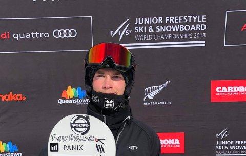 FEMTEMANN : KIFs Kristian Holmen ble nummer fem i junior-VM i brettcross på New Zealand. (FOTO: PRIVAT)