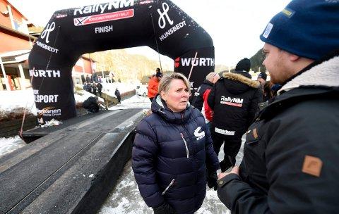 LØPSLEDER: - Det var ingen vanskelig oppgave å avlyse den siste etappen grunnet været, sier løpsleder Torill Karlsrud.
