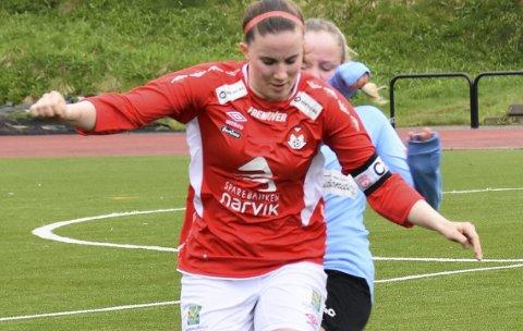 Til Ballstad: Simone Hansen kan bli å se i Ballstad-drakten i 4.divisjon herrer.