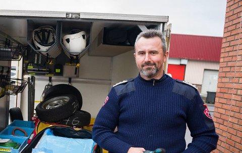 EN KONKRET PLAN: Brannsjef Tommy Tørring i Namdal brann og redning mener en fireårig plan for det forebyggende brannarbeidet gir dem muligheter til å drive mer effektivt tilsyn siden arbeidskrafta kan brukes med rasjonelt.