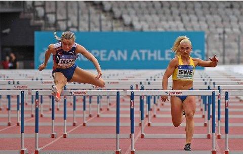 OVER HEKKEN: Andrea fløy inn til tidenes beste 100-meter.