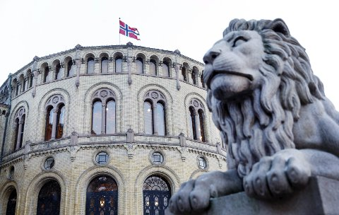 BYRÅKRATIET ØKER: – Bare mellom 2016 og 2017 ble det 900 flere statlig ansatte, skriver Bjørn Gudbjørgsrud, som ikke ser at kommune- og regionreformen nødvendigvis gir mer effektiv forvaltning.