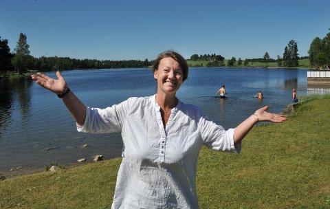 – Folk har storkost seg her den siste tiden, sier Hanne Aarbakke i resepsjonen på Toten hotell.