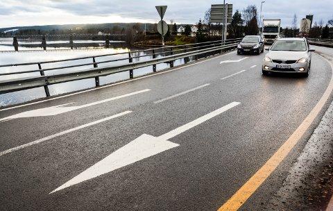 DEPARTEMENTET AVGJØR: Fylkesmannen råder kommunepolitikerne å velge mellom alternativ 1 og 2, da 0+ har innsigelse.