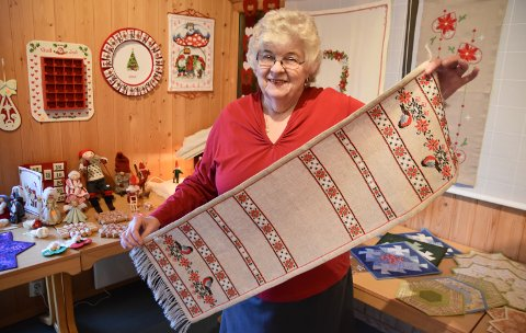 PRODUKTIV: Anne Berit Nordnes Ommundsen (80) er leder for Klokkergardsringen og årets ildsjel i Løten.