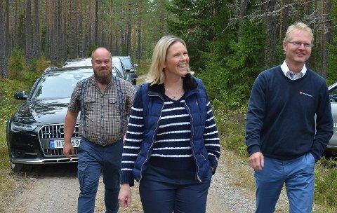 KLAR BESKJED: Frps nestleder Sylvi Listhaug, her sammen med Truls Gihlemoen (til venstre) og Tor André Johnsen, har ingen sans for kjønnskvotering.