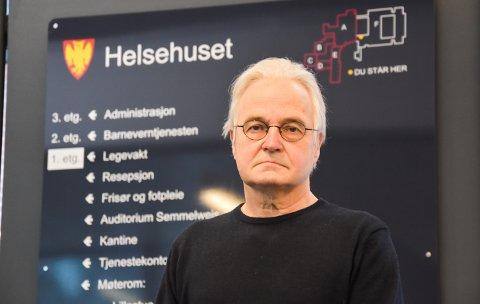 NASJONALE LETTELSER, MEN IKKE I ELVERUM: Knut Skulberg sier at det er de lokale forskriftene som gjelder i Elverum kommune.