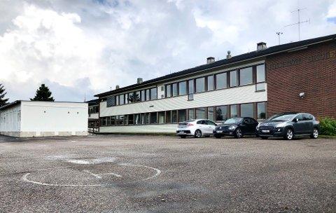 HØRINGSUTTALELSE: FAU ved Hanstad barne- og ungdomsskole ber om en pause i flyttesaken.