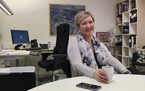 Kultur- og idrettssjef Mariann Eriksen får både ros og kritiske spørsmål om plan.