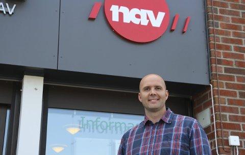 HEKTISKE DAGER: Leder i Nav Rakkestad, Christian Hjulstad, forteller at de håper forskuddsordningen vil bidra til å lette hverdagen for mange permitterte.
