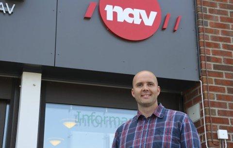 Synker: Ledre for NAV i Rakkestad, Christian Hjulstad kan registrere at det er færre arbeidssøkere i september enn forrige måned.