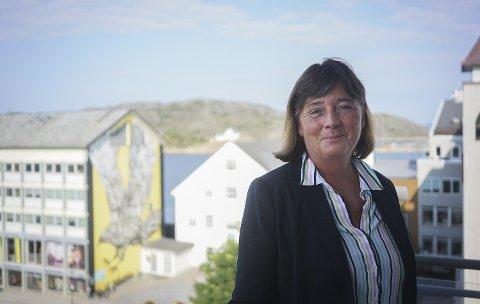 Gleder seg: Ny administrerende direktør i Helse Nord RHF, Cecilie Daae (57) gleder seg til å bli bedre kjent med Nord-Norge, og til å bidra til å utvikle helsetjenestene i landsdelen. Foto: Fredrik Stenbro