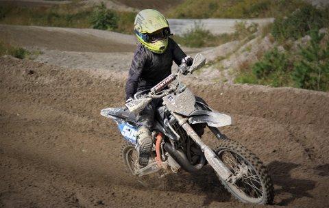 Motocrosskjøreren Oda Tøndersen skal satse med nytt lag. Satsingen fram mot en ny sesong blir mer profesjonell..