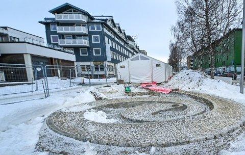 Prisen på Nordlandstorget ble diskutert i kommunestyret tirsdag.