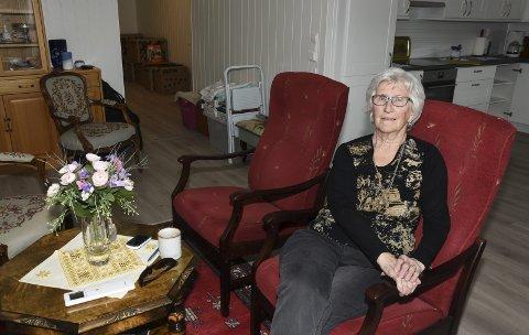 Et døgn etter at Bjørg Sundsby (85) mottok nøklene til sin nye 80 kvadratmeter store leilighet i sentrum av Korgen, er mye av møblene kommet på plass. – Jeg kommer til å få det bra her og gleder meg til alt er i orden, sier hun.